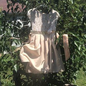 Girls elegant knee length gold/satin/lace dress